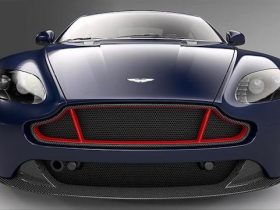 ASTON-MARTIN-VANTAGE-S-RED-BULL-RACING-EDITION-09